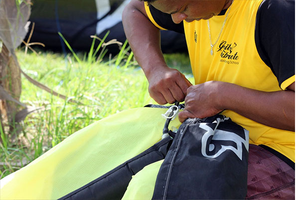Kite Repair – Kite 01