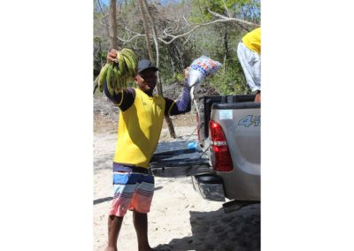 blog-punta-rucia-beach-cleaning_13