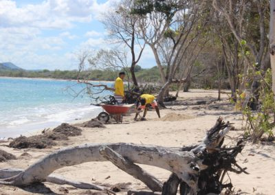 blog-punta-rucia-beach-cleaning_16